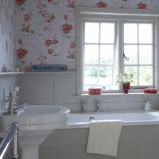Un zocalo en el cuarto de ba o el regreso decoratualma - Zocalo de madera blanco ...