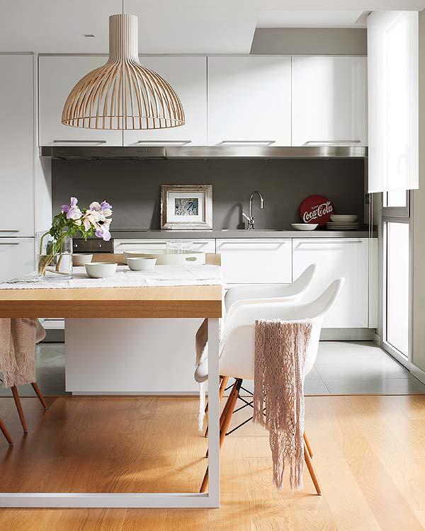 Las mejores sillas para la cocina decoratualma for Sillas con brazos para cocina