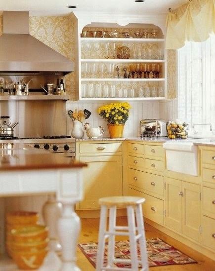 Que no falte amarillo en la cocina decoratualma for Muebles de cocina amarillos