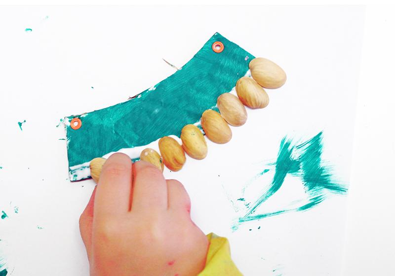 DIY collar de pistachos5