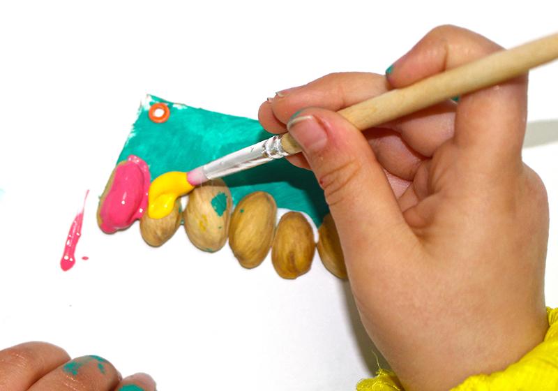 DIY collar de pistachos6