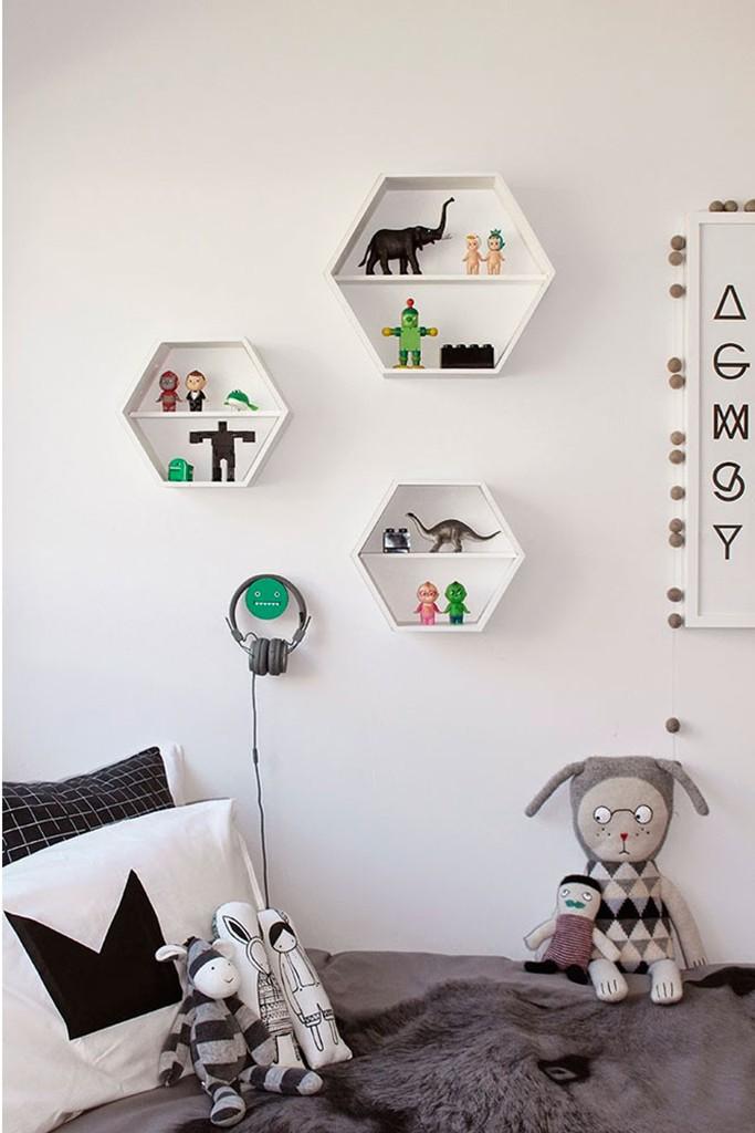 03-dormitorio-estilo-nordico-en-blanco-y-negro-dta
