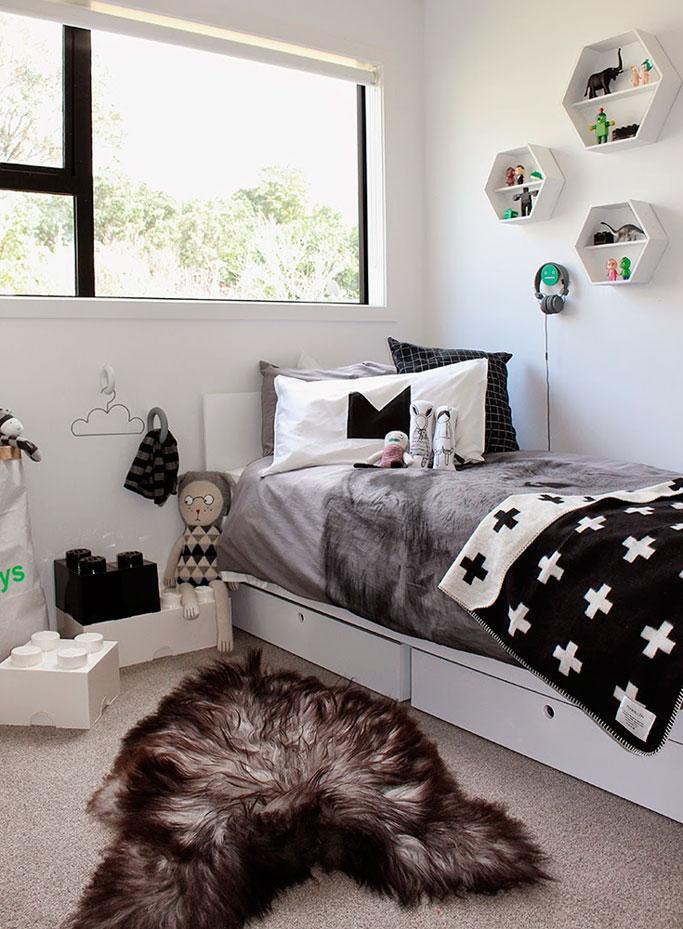 04-dormitorio-estilo-nordico-en-blanco-y-negro-dta