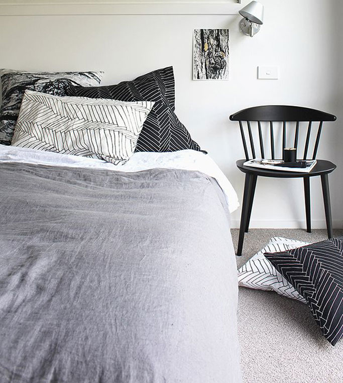 06-dormitorio-estilo-nordico-en-blanco-y-negro-dta