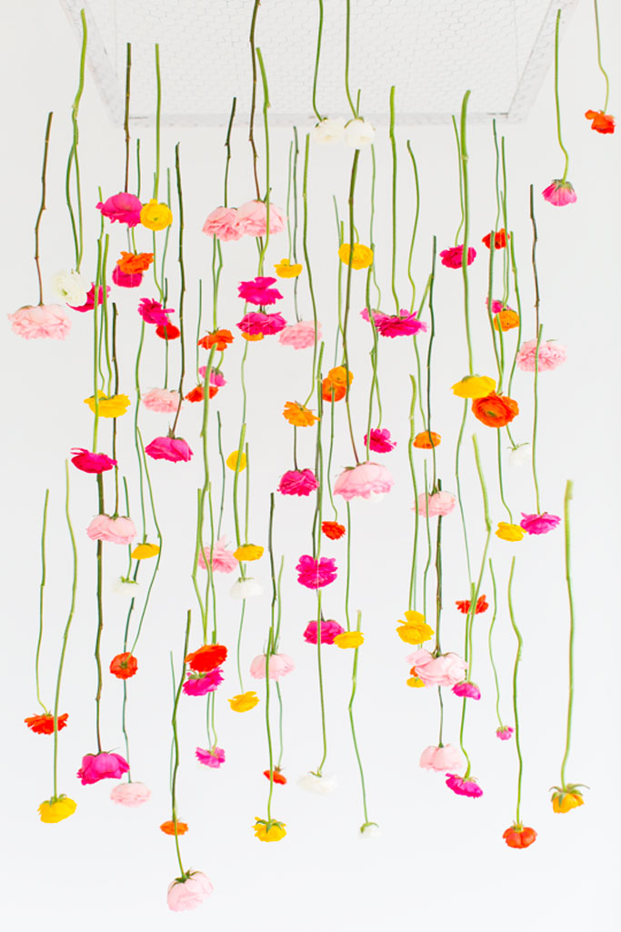 08-diy-hanging-flower-installation-dta