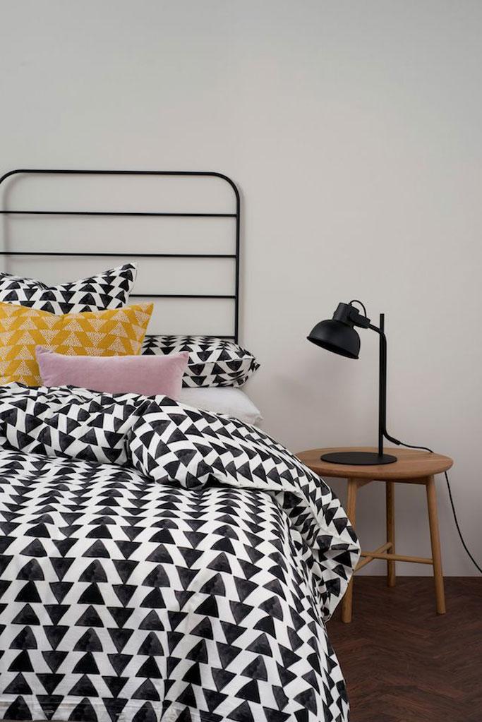 08-dormitorio-estilo-nordico-en-blanco-y-negro-dta