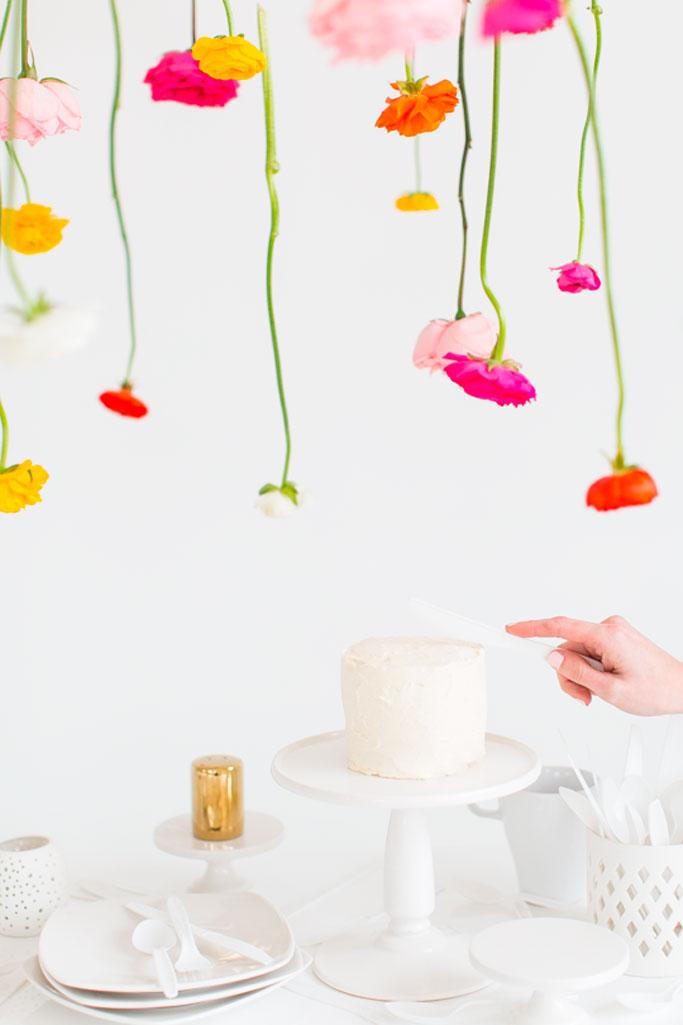 15-diy-hanging-flower-installation-dta