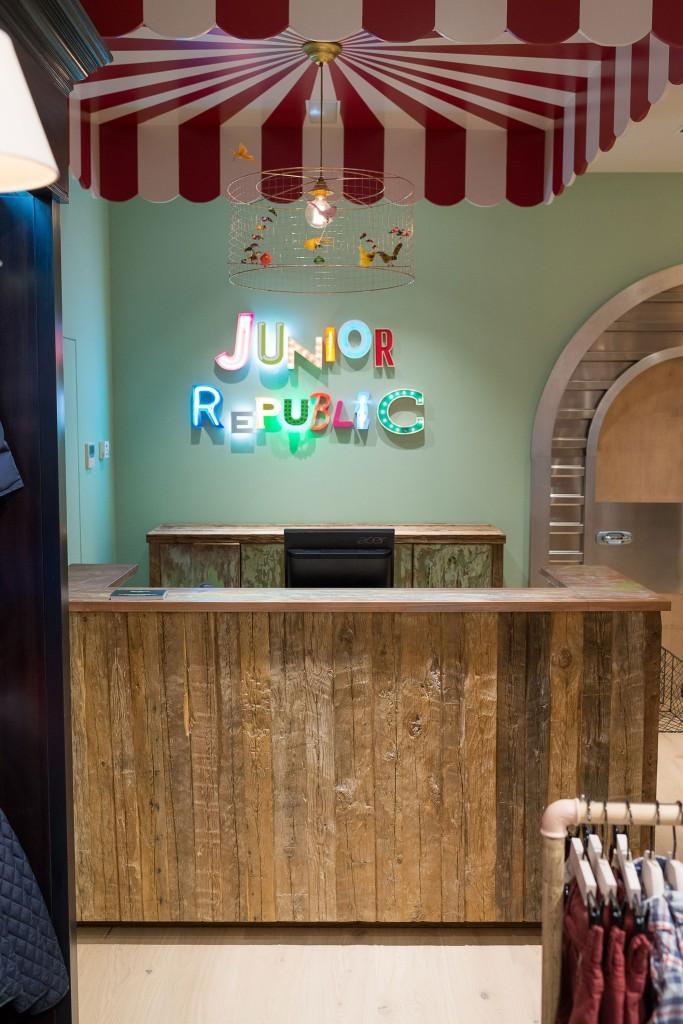 21-pepe-jeans-junior-republic-Hermosilla-dta