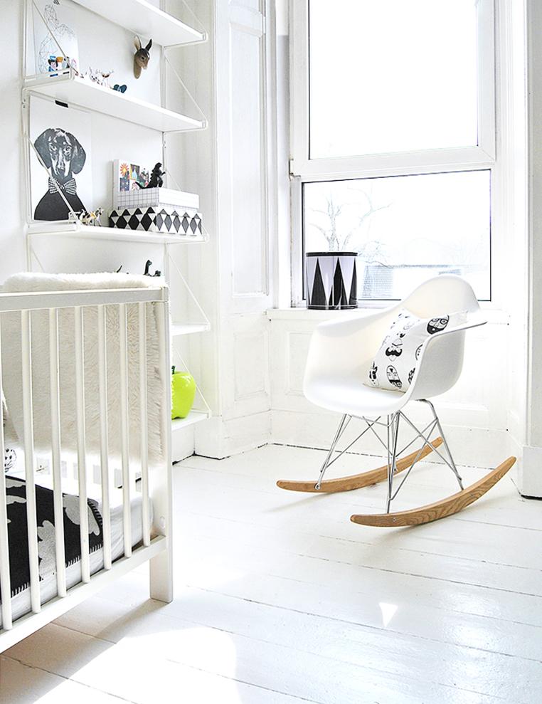 Mecedora Eames replica RAR balancin blanco decoratualma descuento oferta especial dta decora tu alma