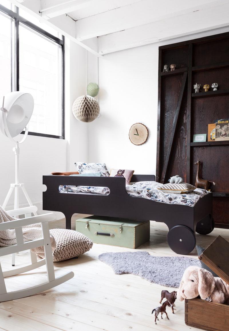 Cama infantil con ruedas de diseño Rafa-Kids, decoratualma - DTA