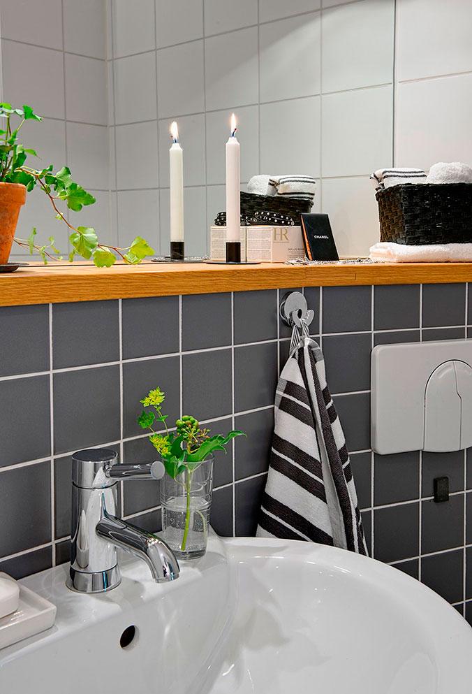 21-cisterna-empotrada-y-repisa-en-el-baño-decoratualma