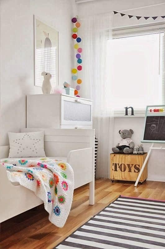 Guirnalda dormitorio infantil decoratualma DTA tienda online decorar con luces decorativas