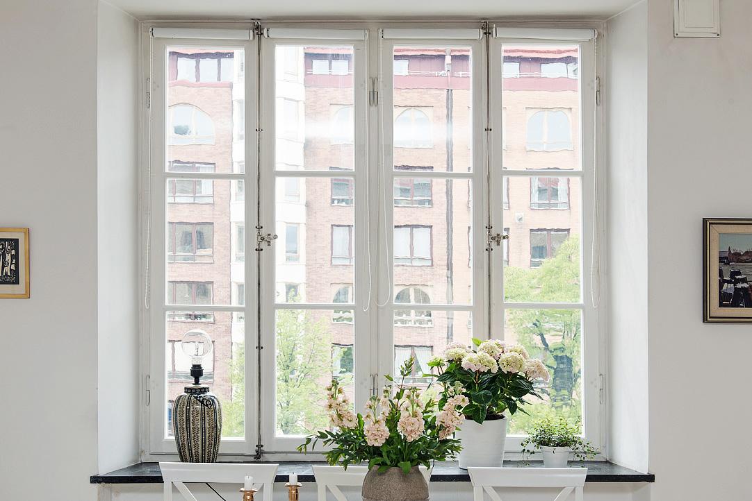 13 detalle ventana decoratualma DTA flores estilo chic romantico nordico