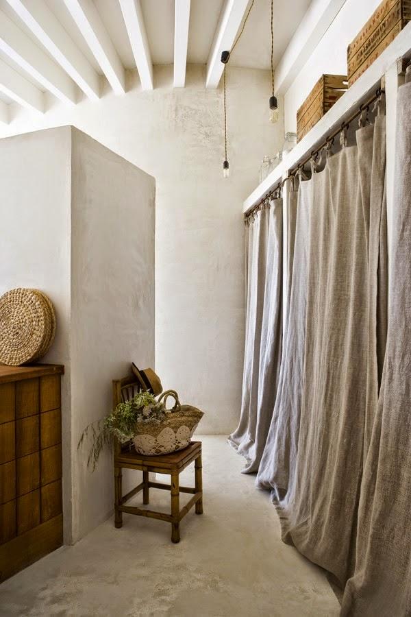 pasillo,cortinas,