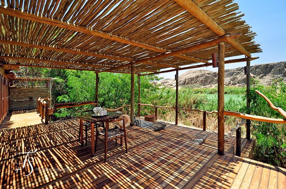terraza,techo,madera,mesa