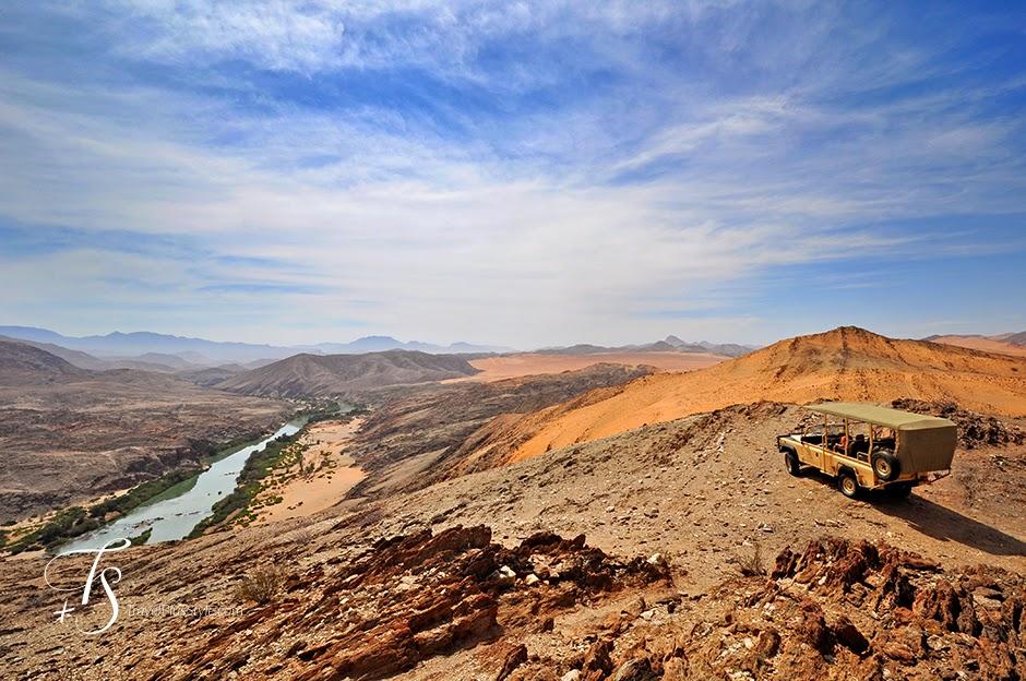 largo,piedra,desierto,