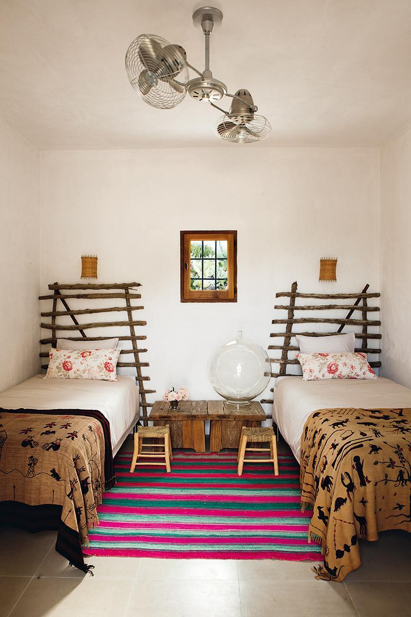 cama,camas,mesa,madera