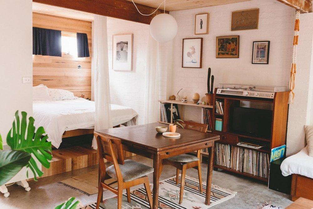 14 Comedor y dormitorio decoratualma dta vivienda en un garaje casa