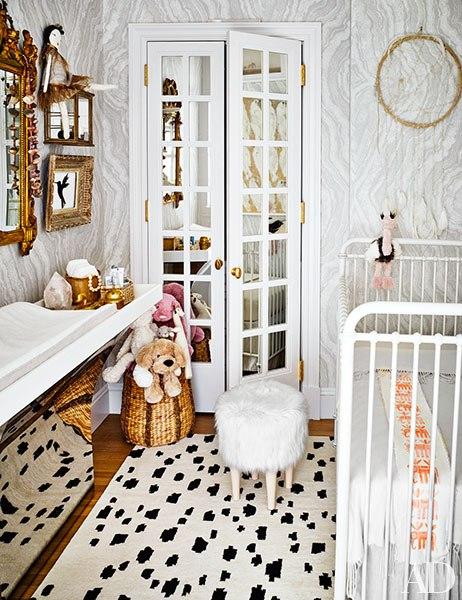 dormitorio,bebé,juguetes,cuna,alfombra