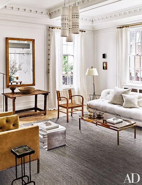 salón,sofás,alfombra,espejo,sillas