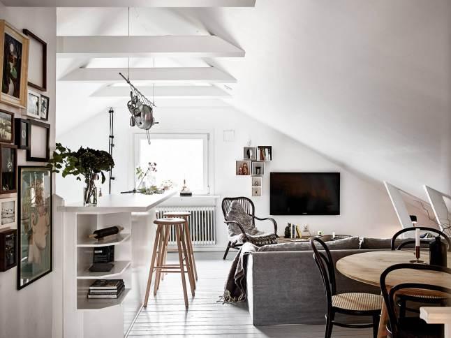 2 cocina con barra techo abuardillado decoratualma dta nordico escandinavo
