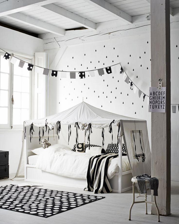 Dormitorio infantil con carpa decoratualma dta tipi