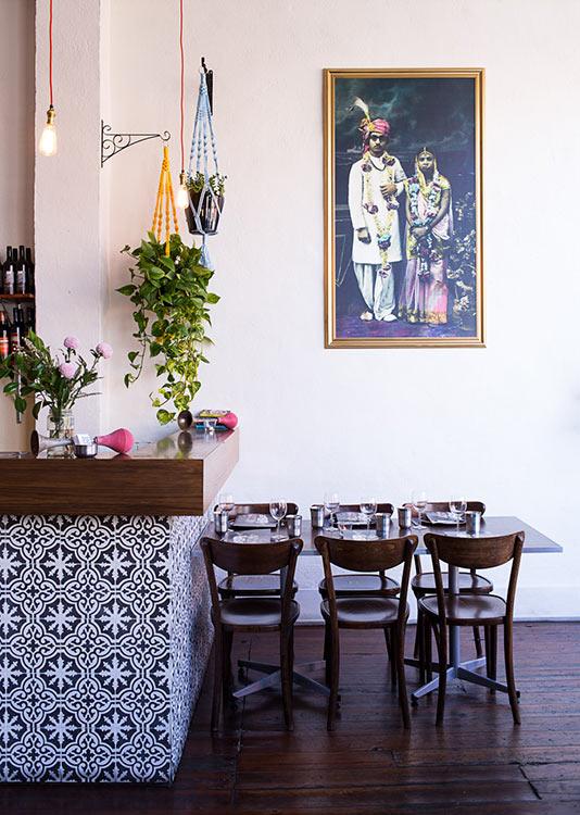 Horn please decoratualma restaurante indio