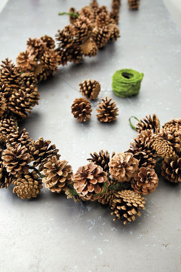 corona piñas navidad decoratualma