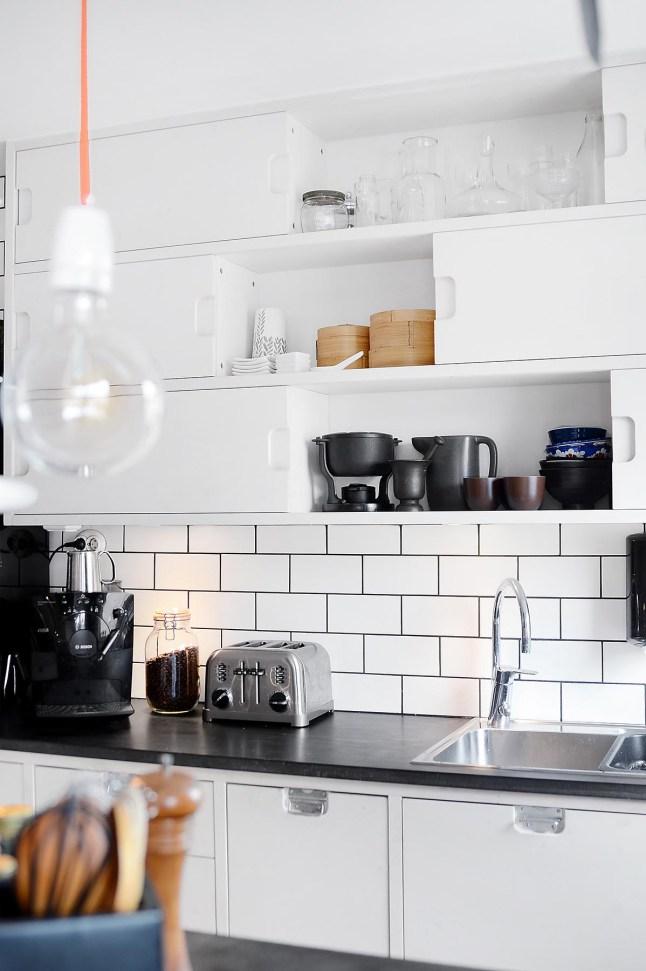 4 detalle cocina decoratualma dta blanco y negro