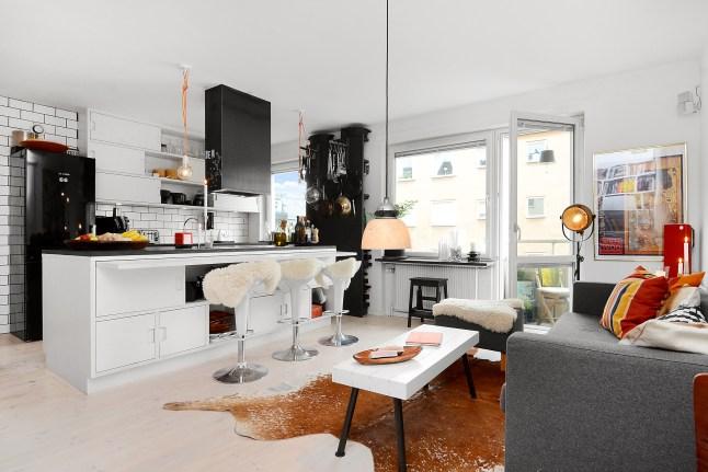 8 decoratualma dta cocina isla taburetes salon espacio reducido piso