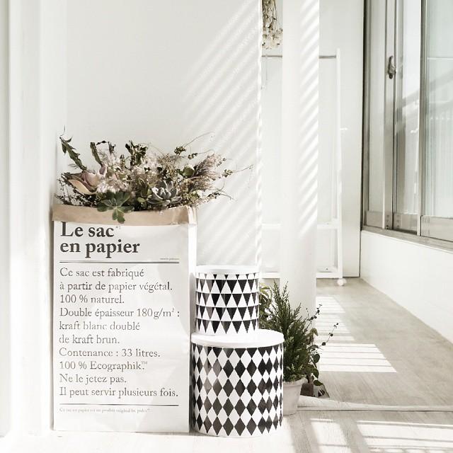 Le sac en papier con ferm living decoratualma dta