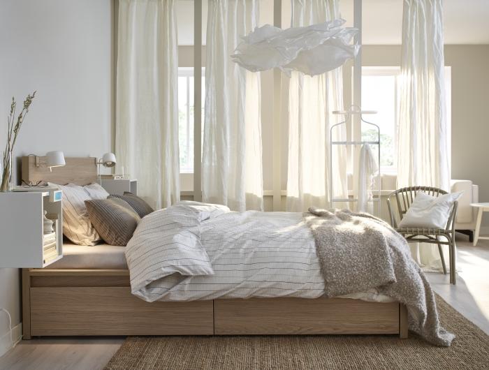 Dormitorio nórdico en tonos neutros