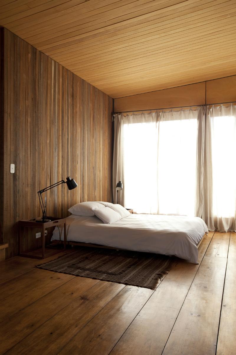 14 dormitorio en madera dta