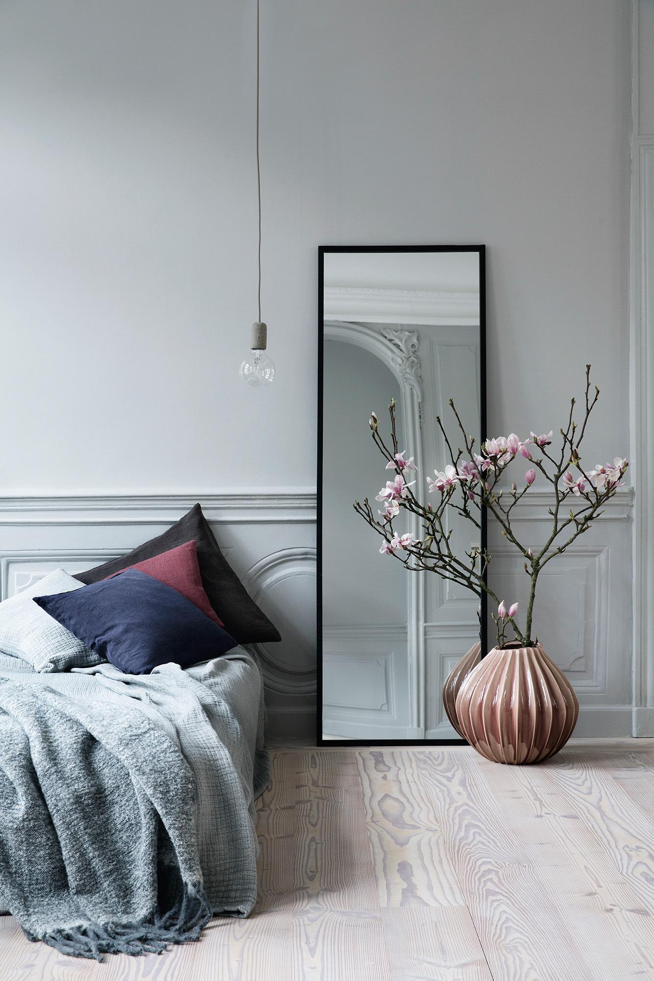Inspiraci n decorar con espejos decoratualma for Espejo grande dormitorio